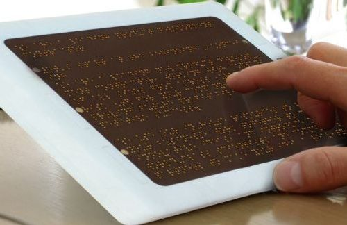L'ereder con display in braille